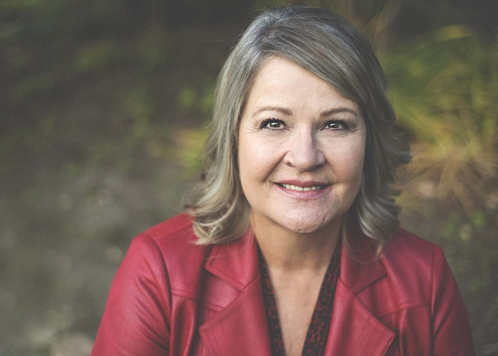 Connie Lupichuk, BSW, MSW, RSW, CLC